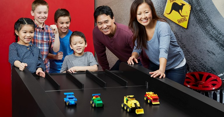 LEGO® Racers: Build & Test
